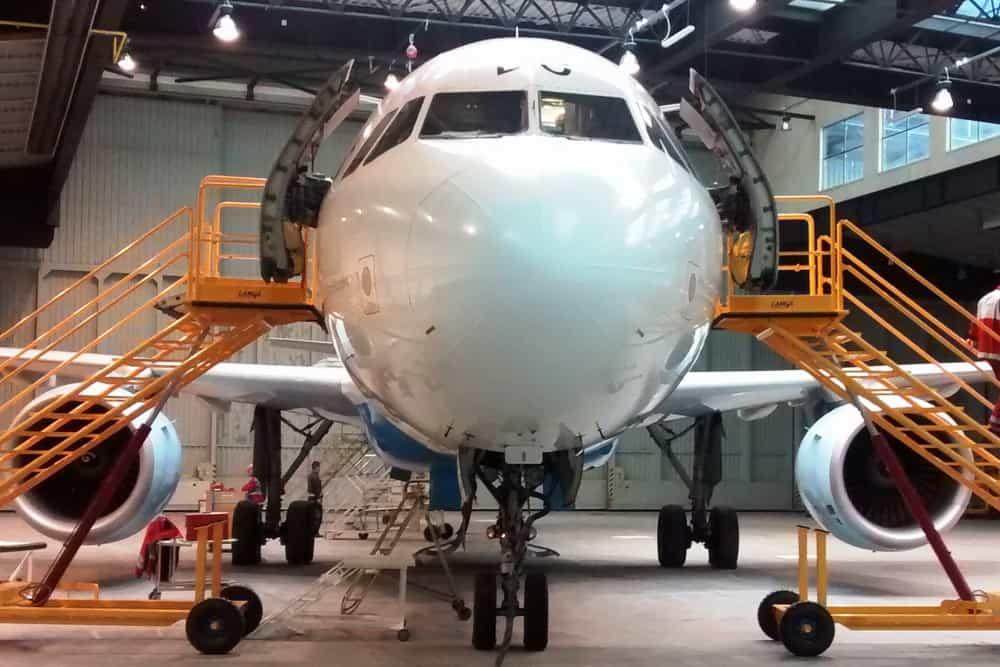 aircraft maintenance steps
