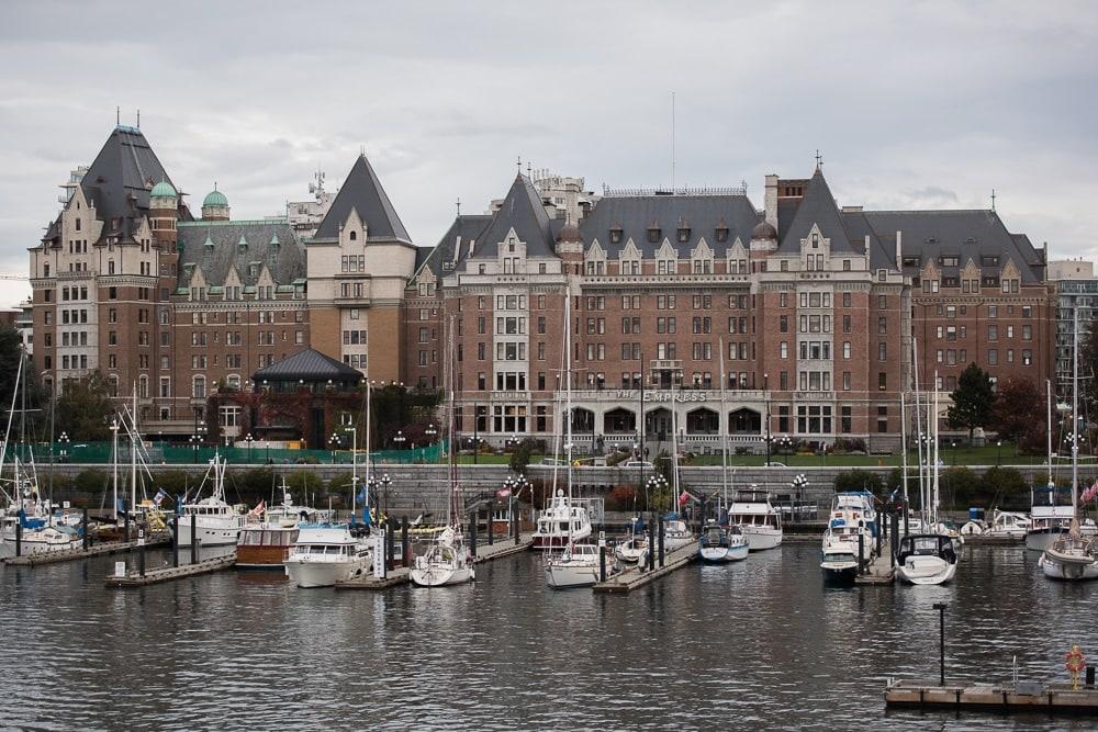 The marina and Parliament building in Victoria, British Columbia