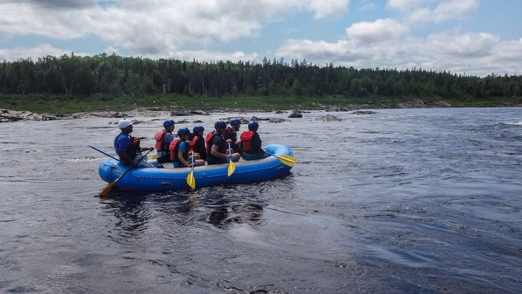 rafting in newfoundland and paddling down the river