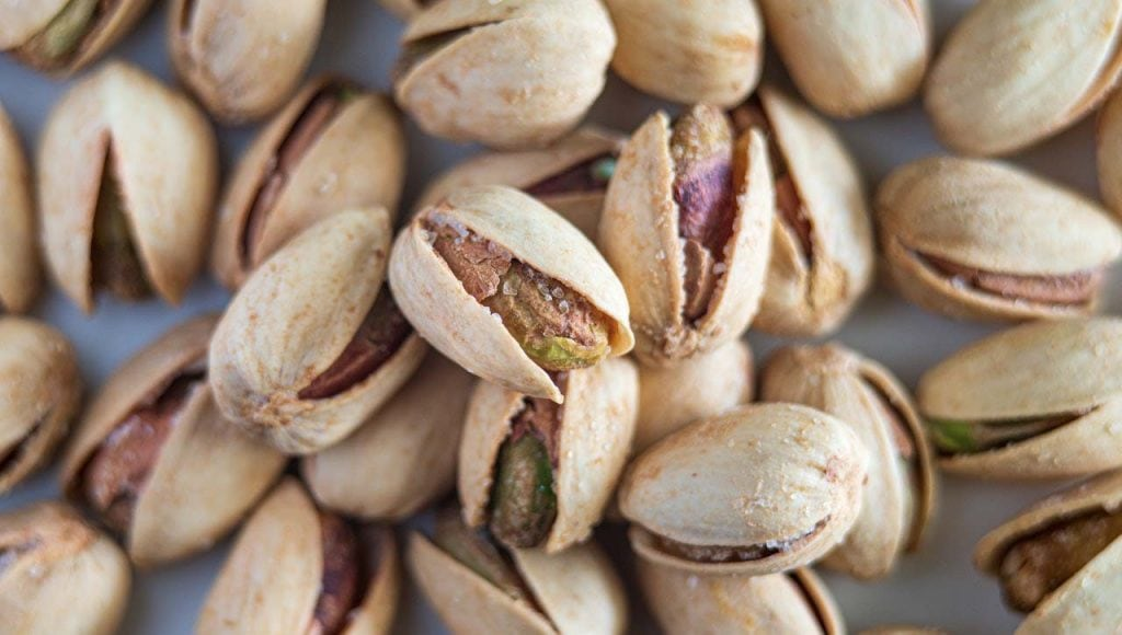 are pistachios bad for cats