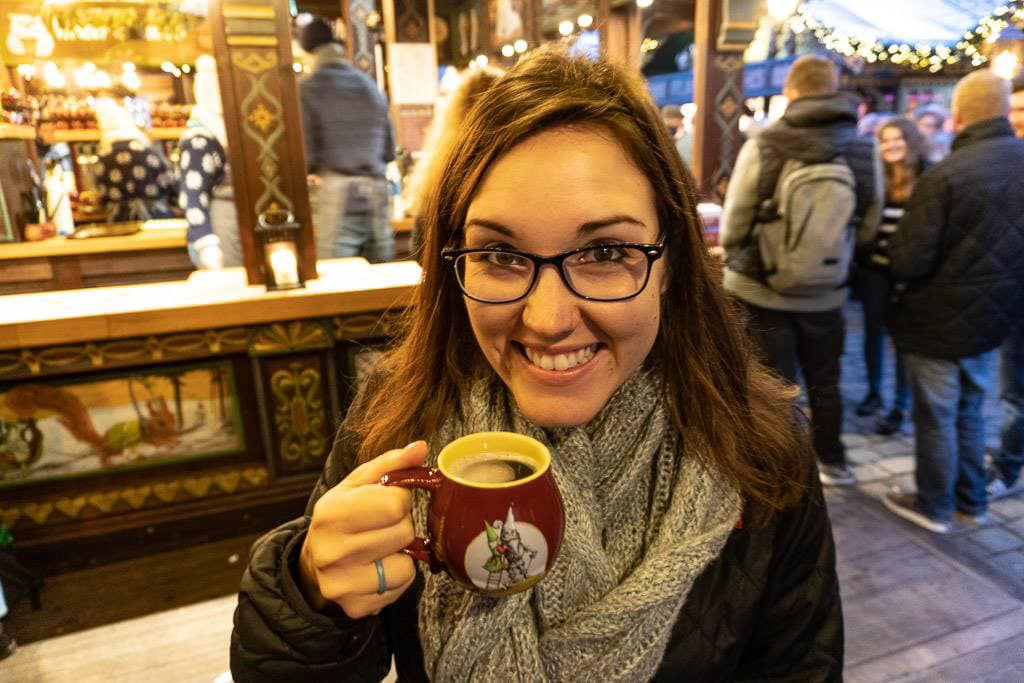 cologne christmas market  with gluhwein