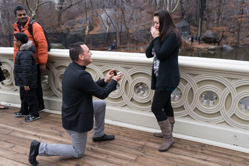 Photo Bow bridge marriage proposal in NY | VladLeto
