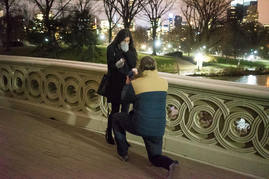 Photo Bow bridge marriage proposal at night.   VladLeto