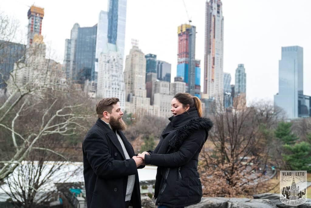 Photo 4 Cats Rock Proposal in Central Park | VladLeto