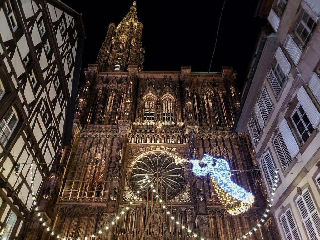 christmas markets in strasbourg cathedral