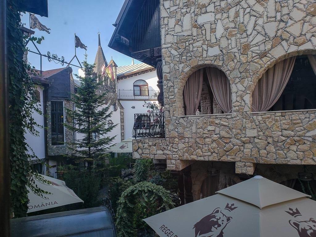 hotel dracula turda romania