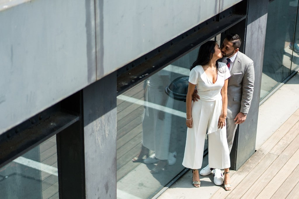 How to et married on the High Line park.