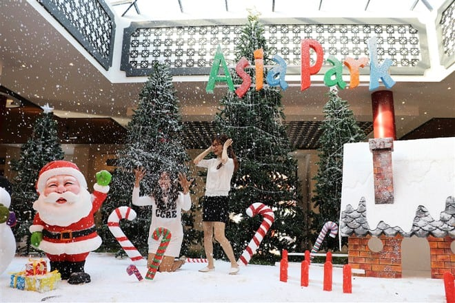 TOP OF THE BEST CHRISTMAS PLACES IN DA NANG
