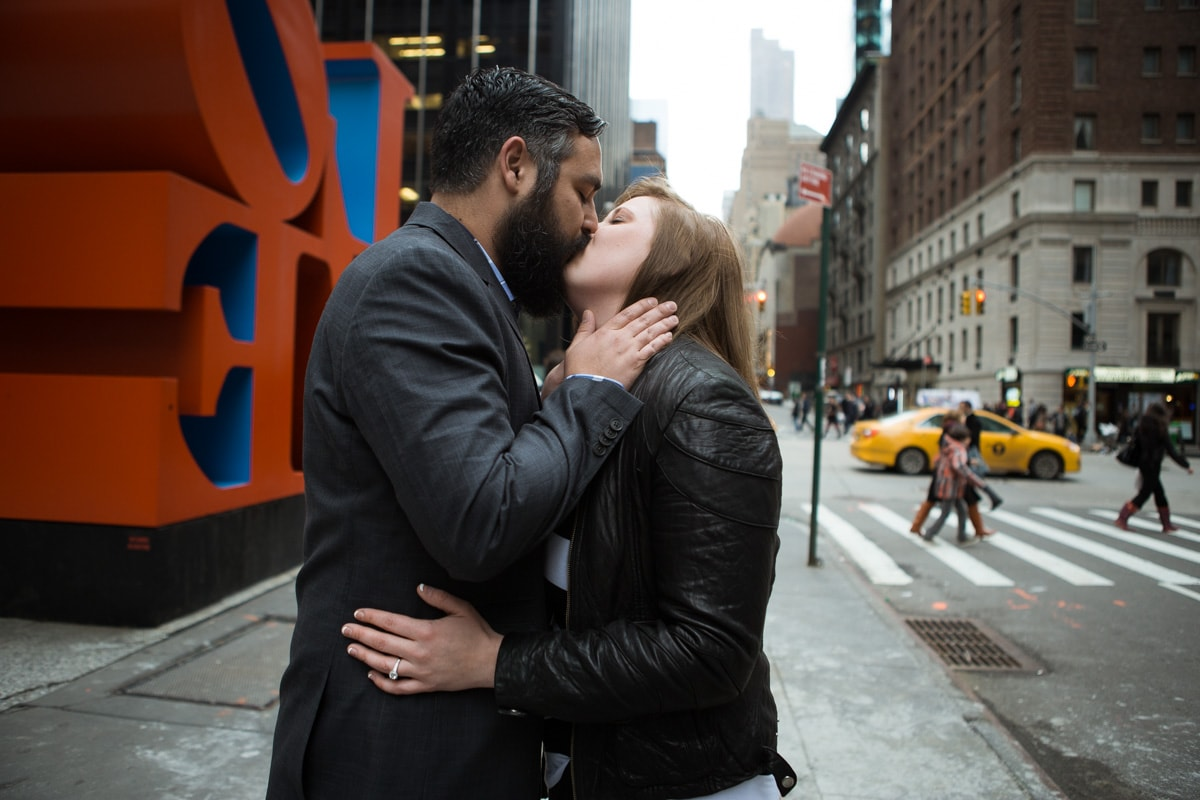 Photo 4 Surprise proposal by Love Sculpture in NYC.   VladLeto