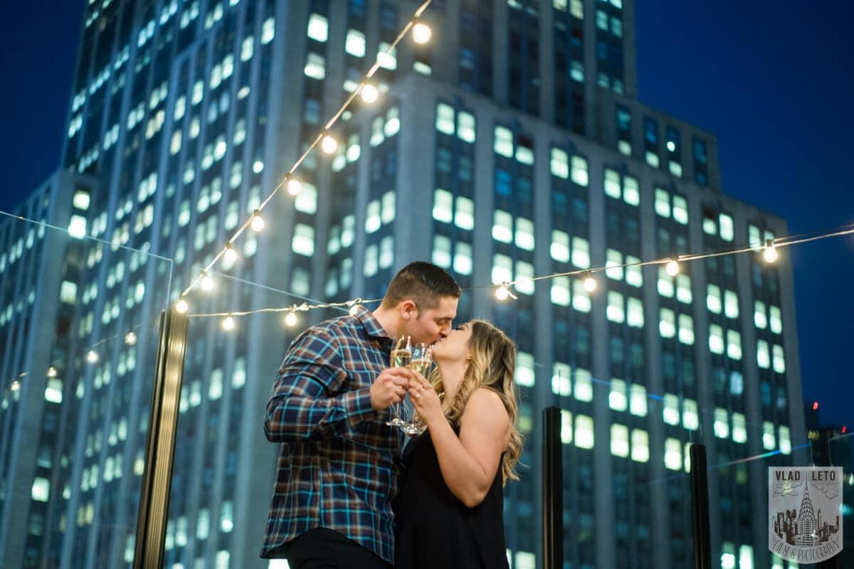 Photo 4 Empire state building view Surprise Marriage Proposal | VladLeto