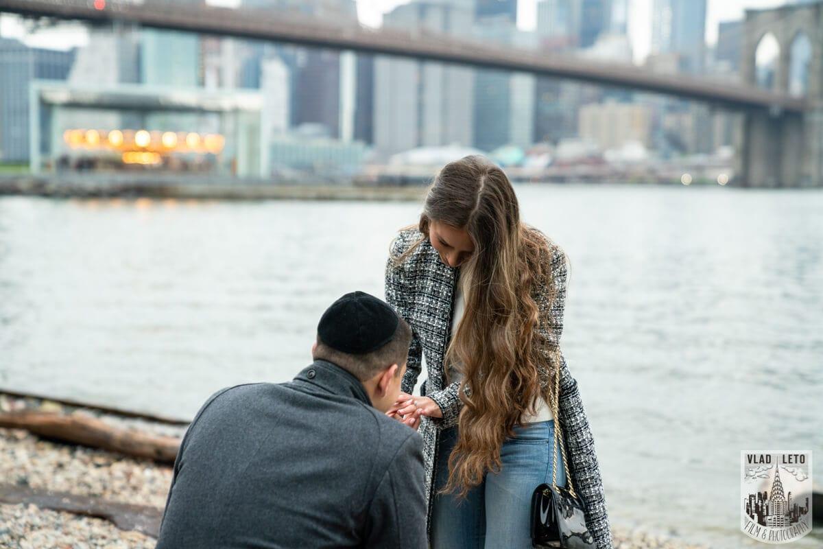 Photo 3 Surprise Marriage Proposal in Dumbo, Brooklyn | VladLeto