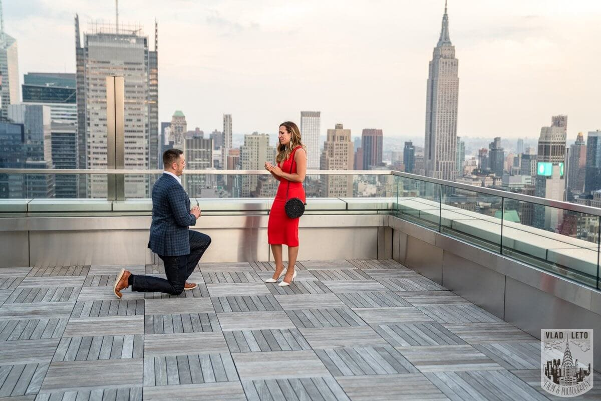 Photo Empire State Building view Rooftop proposal   VladLeto