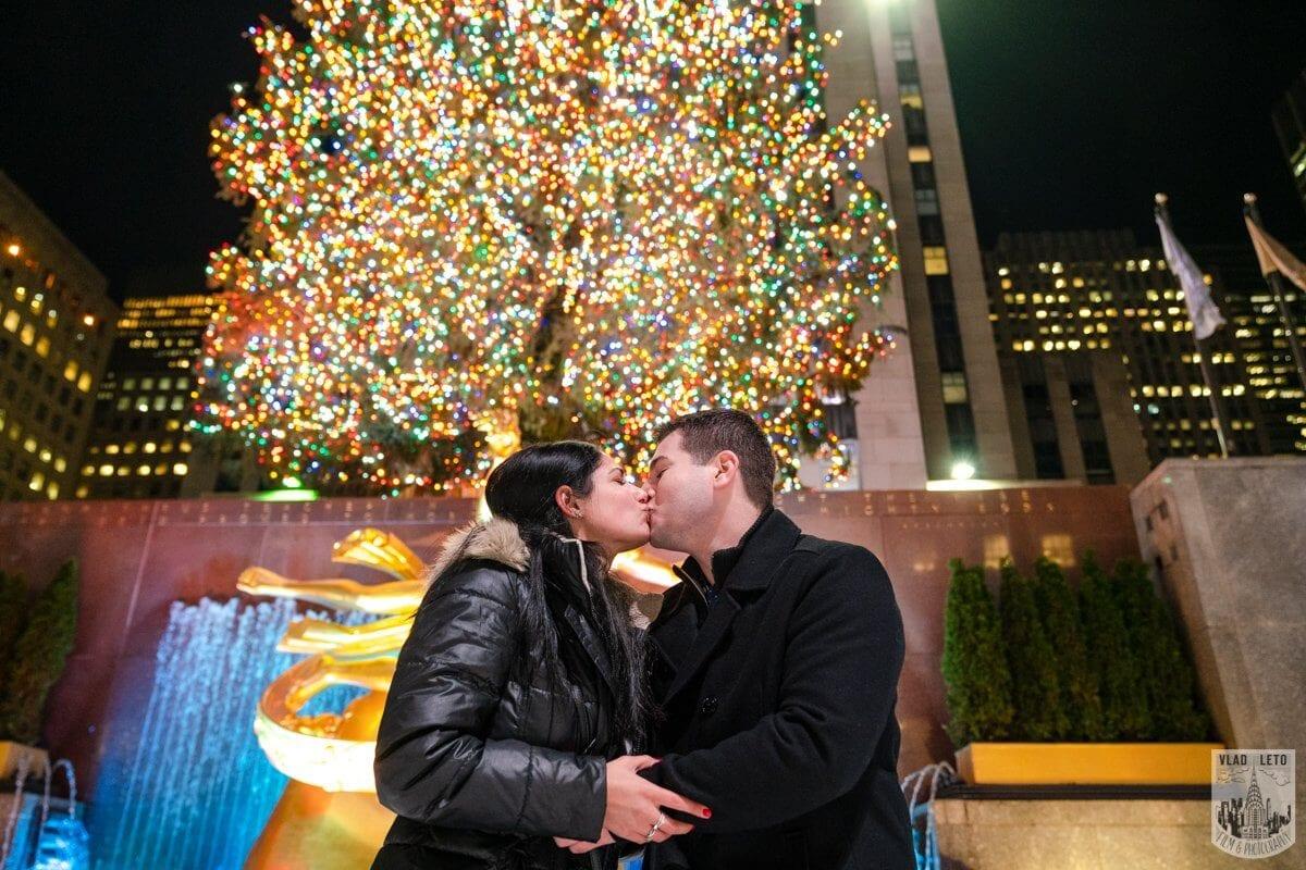 Photo 7 Ice Skating Marriage Proposal at Rockefeller Center | VladLeto