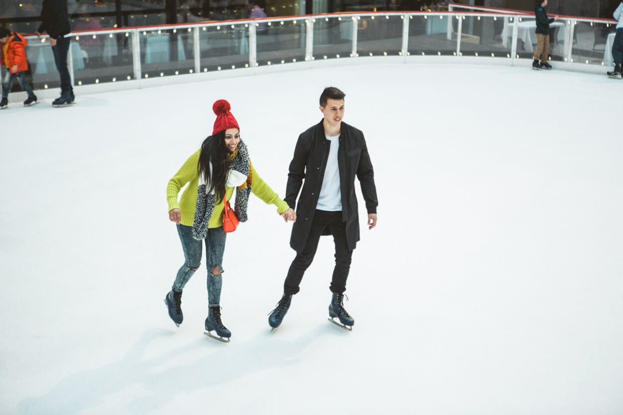 Photo Ice Skating Marriage Proposal. The Rink at Rockefeller Center. | VladLeto