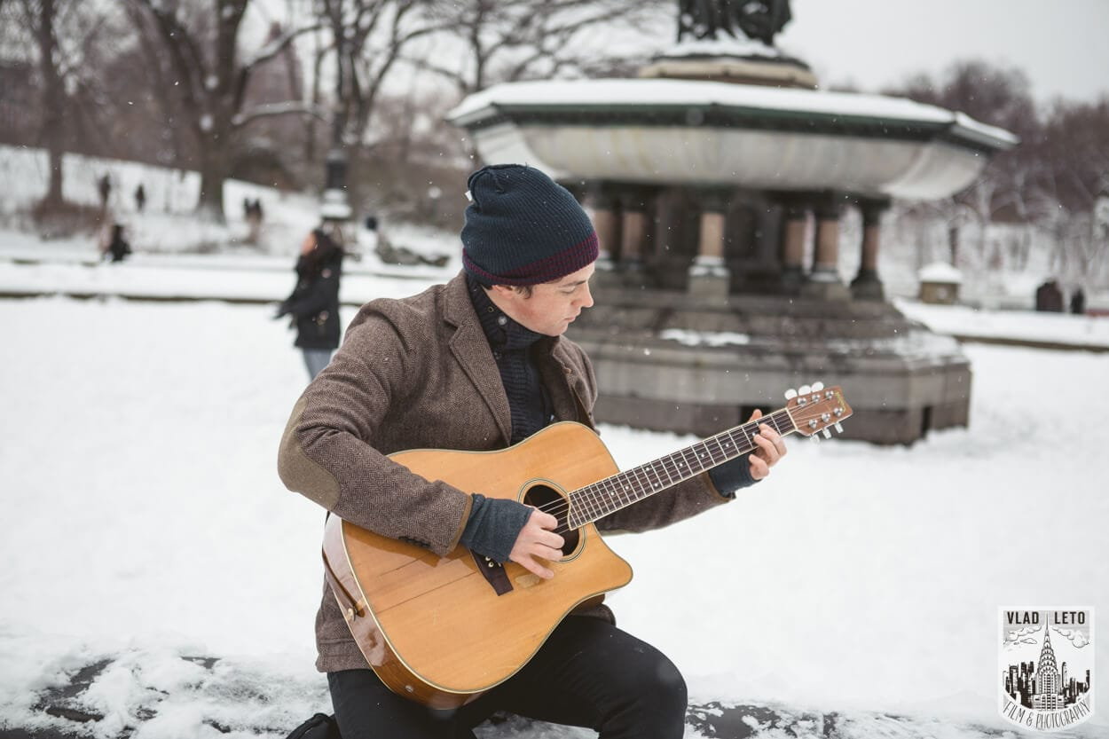 Photo Central Park Bethesda Terrace Marriage Proposal with a guitarist   VladLeto