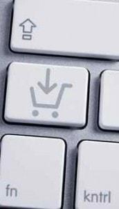 Einkaufskorb auf Tastatur