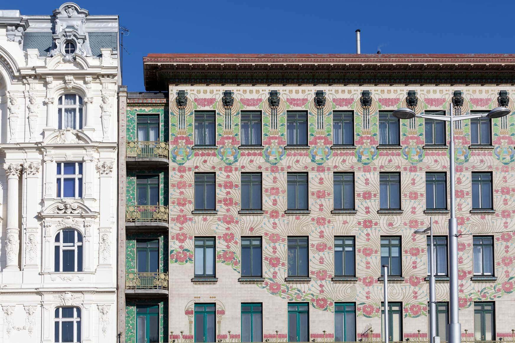 Otto Wagner Architektur, Jugendstil, Majolikahaus in der Linken Wienzeile von Wien, Schlüsseldienst Wien