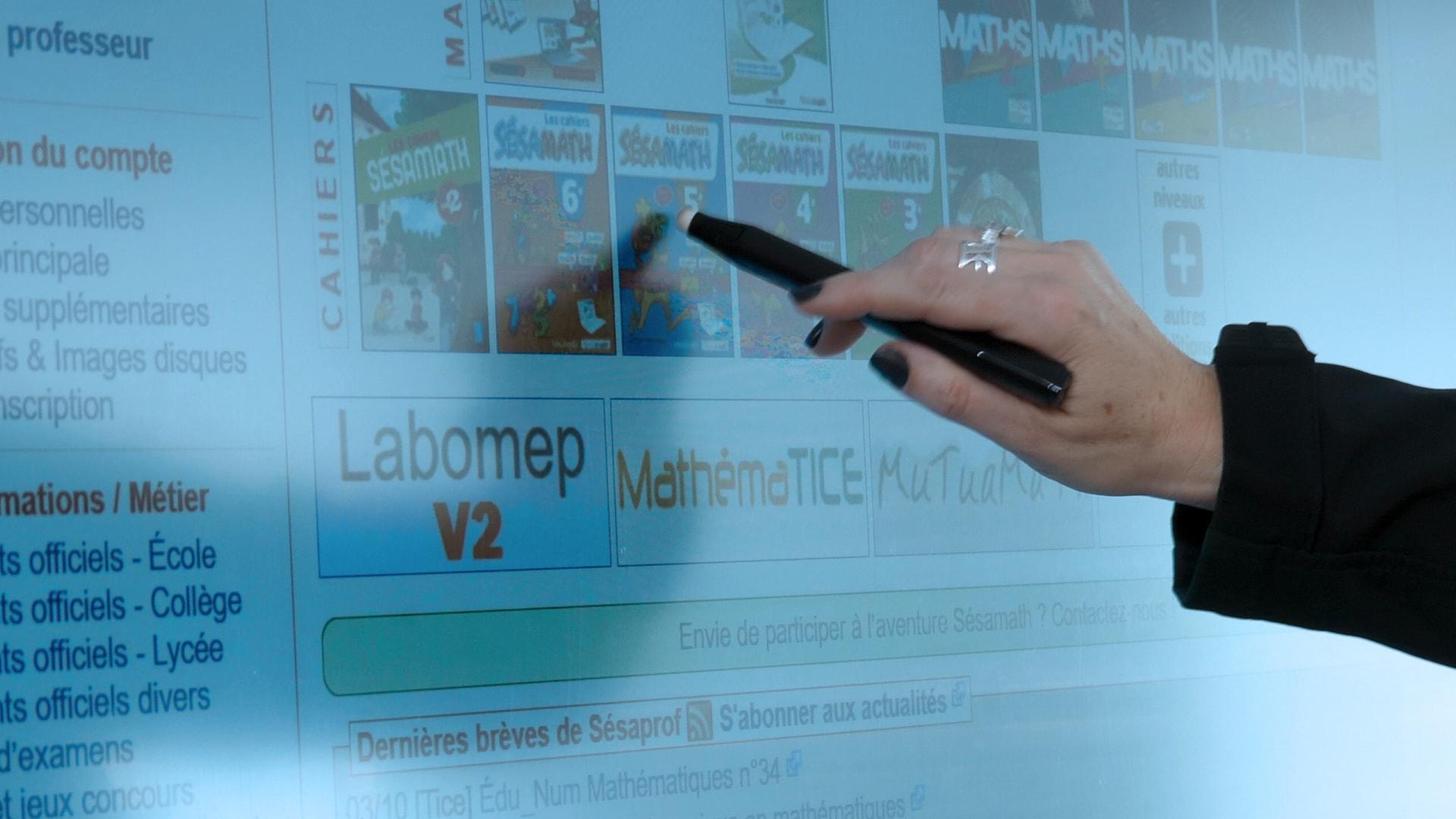 écran interactif pour les cours du professeur truck