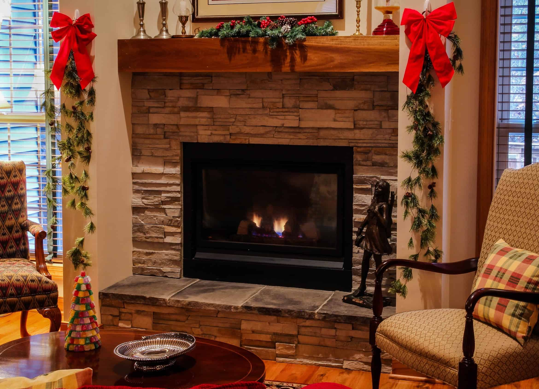 electric_fireplace_carpet_rug_cozy_minds