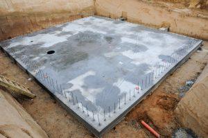 Der Bauprozess mit Bodenplatte als Fundament bei Tipp zum Bau