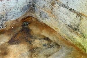 Droht bei der Installation der Kellerdeckendämmung eine Gefahr Ihrer Gesundheit? Tipp zum Bau klärt Sie auf.