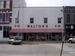 Walton's_Five_and_Dime_store,_Bentonville,_Arkansas