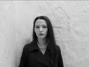 Babajaga, mediumpoesia, gaia giovagnoli, fucina creativa, poesia contemporanea, poesia italiana, anni novanta, poeti, poetesse, nuove generazioni