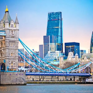 Concert tour of London, England