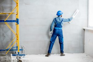Tipp zum Bau erklärt Ihnen die Eigenschaften für eine optimale Grundierung vor dem Tapezieren.