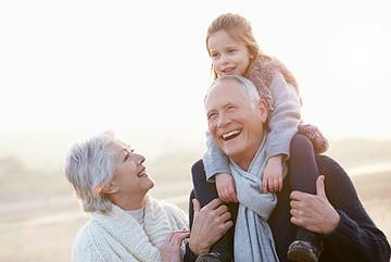 Все мечтают о счастливой и благополучной старости в окружении близких