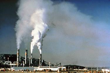 fabrika nedir? - Air pollution by industrial chimneys - Fabrika İskelet - Air pollution by industrial chimneys - İskelet
