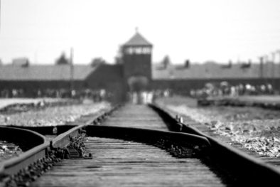 How to visit Auschwitz – with guide or not?