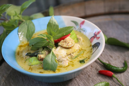Kitxen espacio gastronómico curry verde cocina asiática