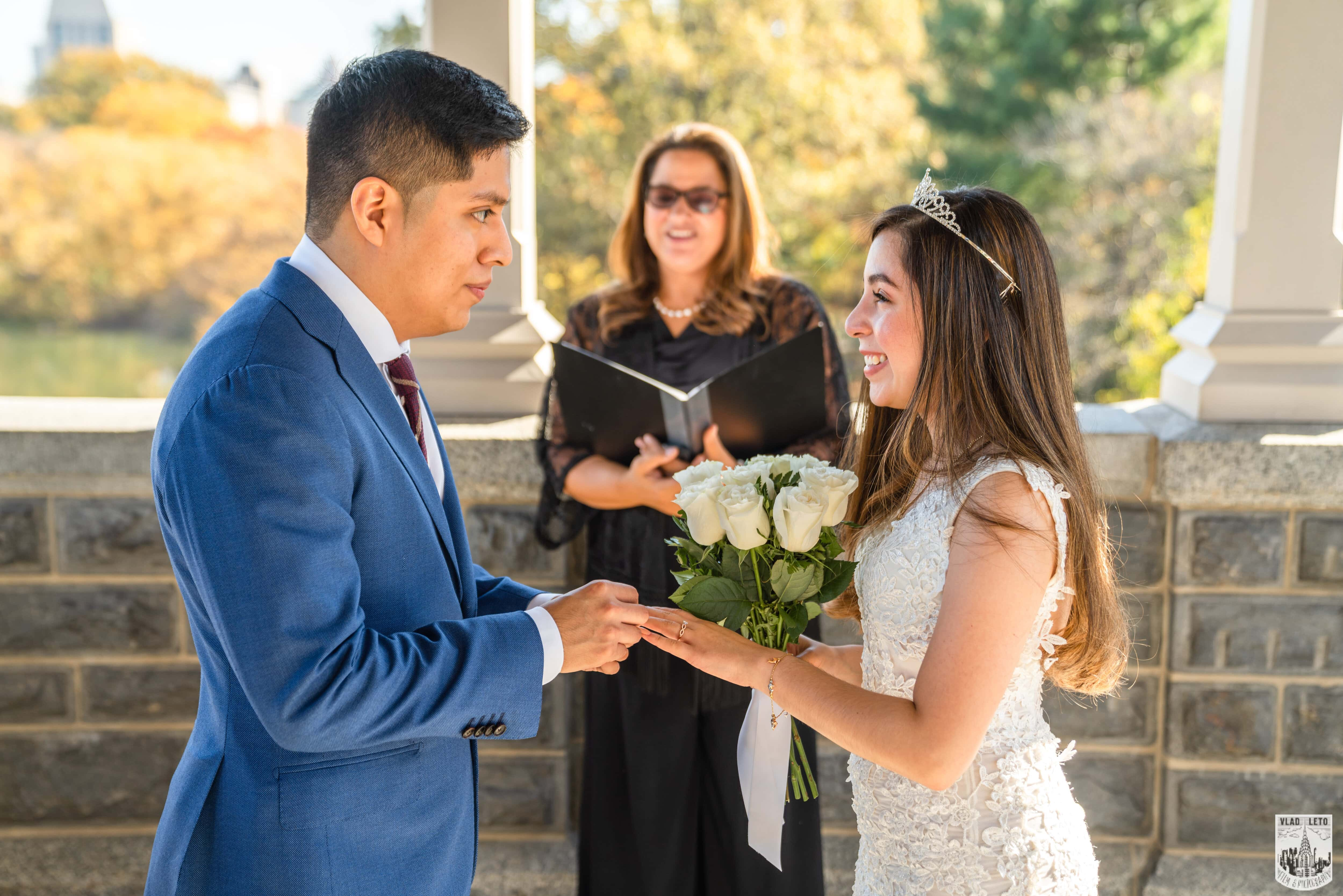 Photo 9 Francisco and Maria wedding ceremony at the Belvedere Castle