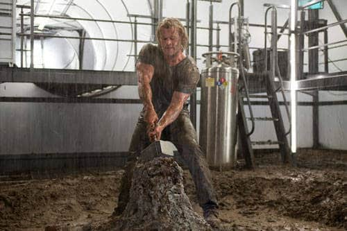 Chris Hemsworth with Mjolnir