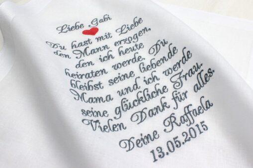 Besticktes Taschentuch zur Hochzeit für die Schwiegermutter der Braut zum Fangen der Freudentränen