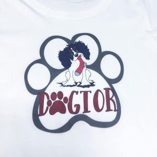 nadruk na koszulkach psy