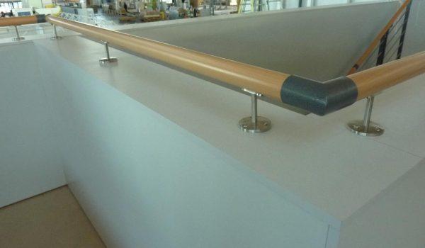 Balustrade mit Buche Handlauf für doppelstocksysteme