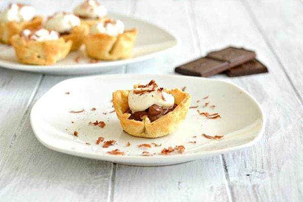 Mini Chocolate Cream Pies