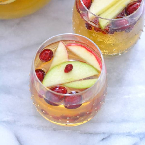 Sparkling Apple Cider Sangria Punch