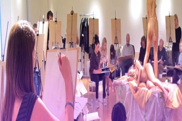 life-drawing-class-drawing