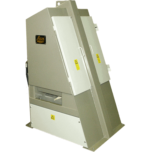 wood chopping Guillotine from Scanhugger made for wood cutting wood turnkey system