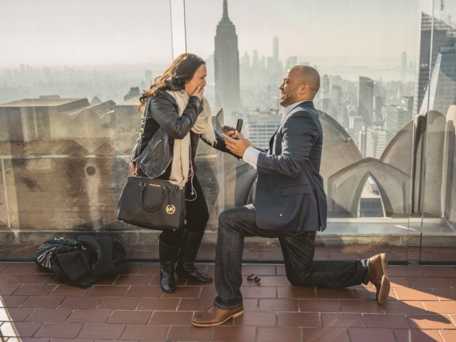 Rooftop Marriage proposal. Photographer Vlad Leto.