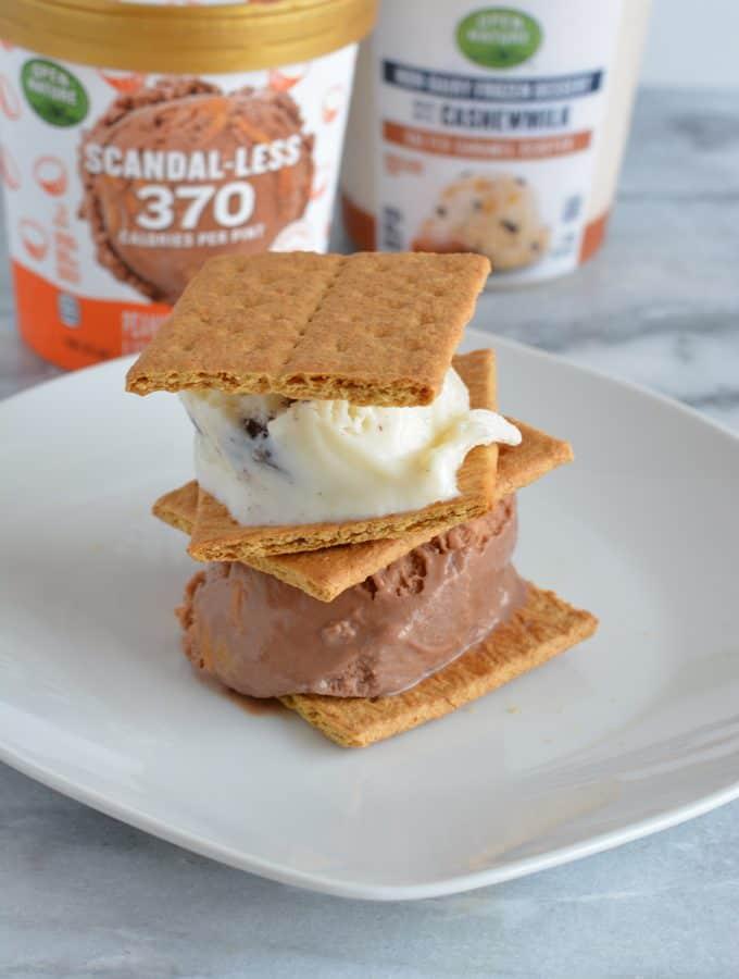 Low calorie ice cream between graham crackers