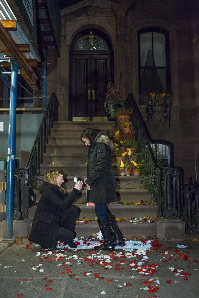 Photo 2 Marriage Proposal at front Carrie Bradshaw House from Sex and the City(64 Perry St in Manhattan