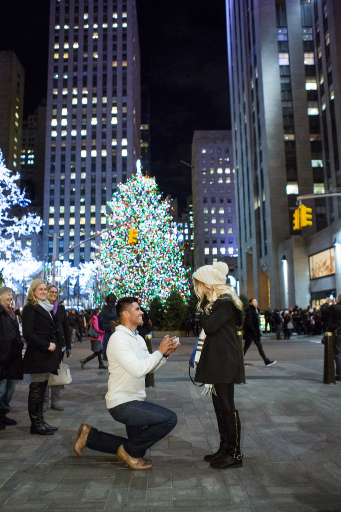Photo Holiday Season is the most popular time to propose in NYC   VladLeto