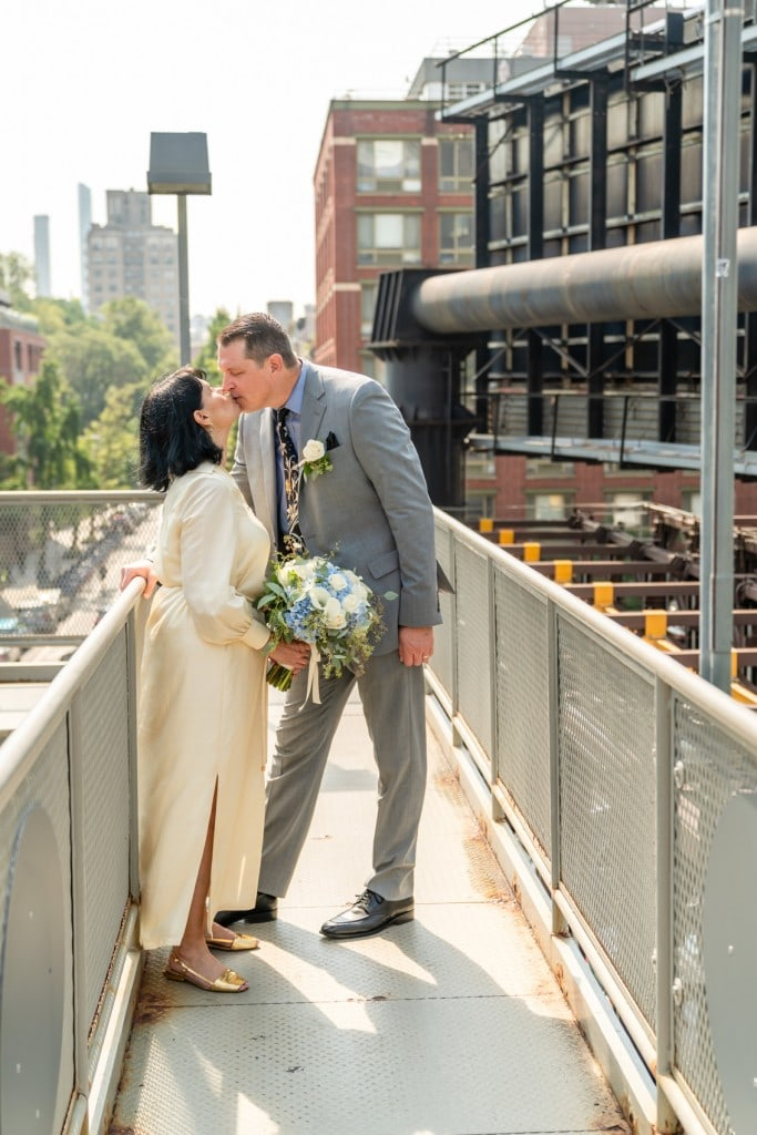 Photo 9 How to elope on the High Line Park?