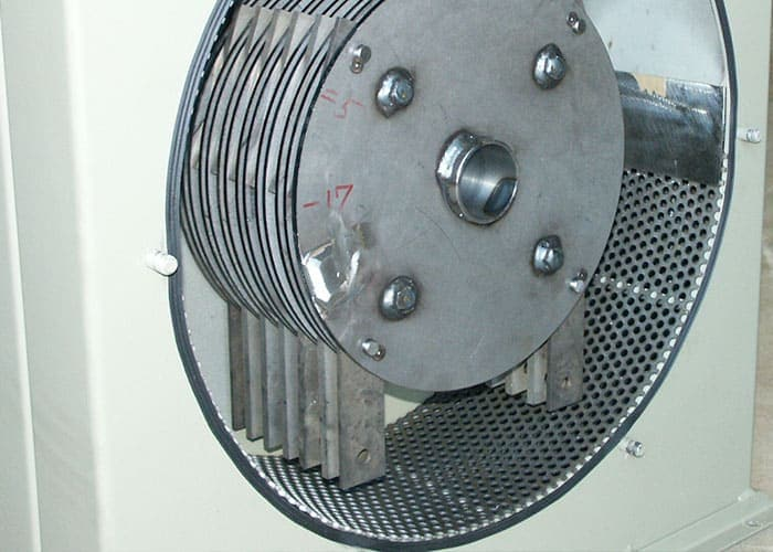 View of the small Scanhugger hammer mill with hammers ready for making a product for pellets and briquitting