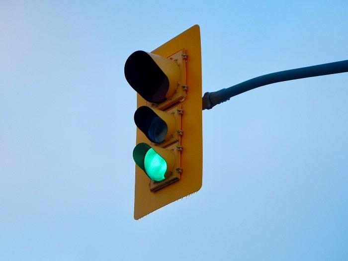 green traffic light