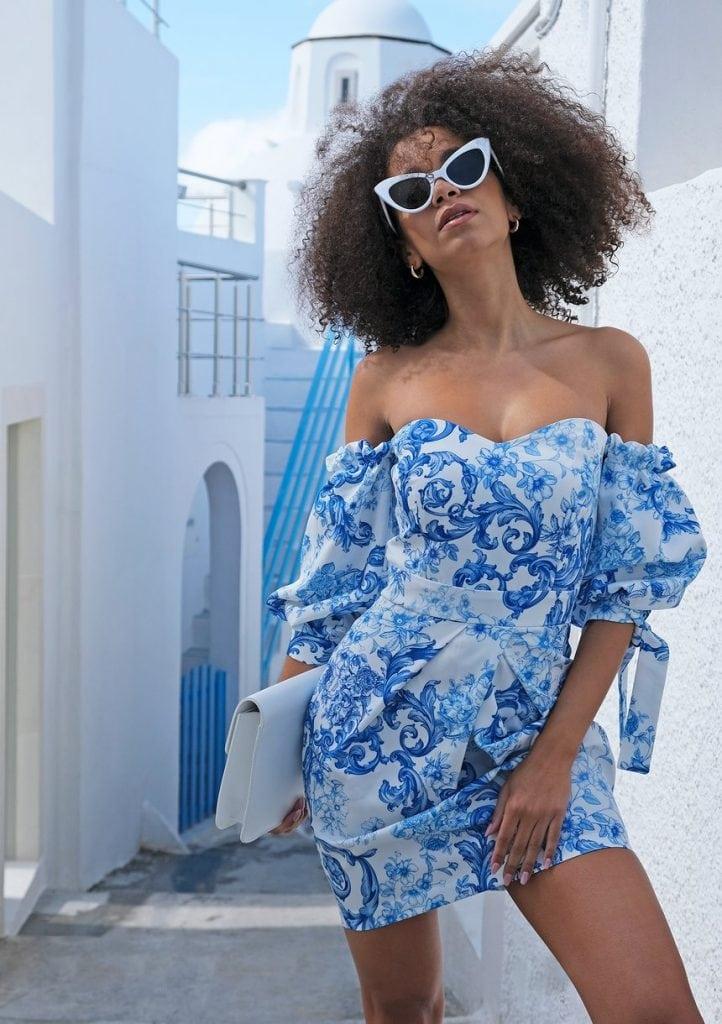 Gorsetowa sukienka na impreze Blue Print
